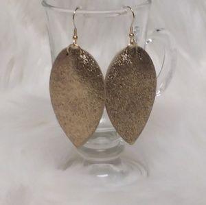 🆕️Gold Shimmer Leaf Leather Earrings